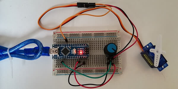 Pilotare un Micro Servo SG90 con Arduino