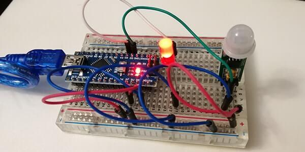 Gestire un sensore di movimento PIR HC-SR505 con Arduino Nano